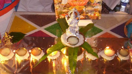 Diwali-Puja-by Hindu-Priest-Acharya-Prem_Bhatt-in- Melbourne