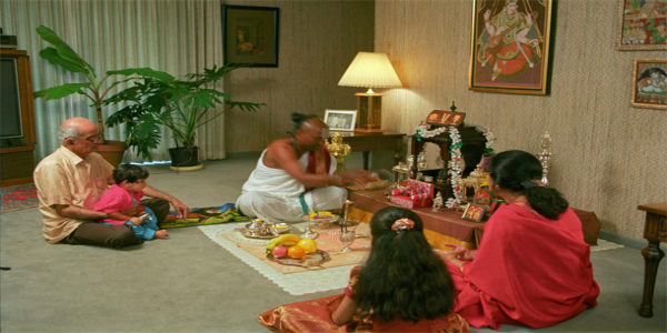 Family-Puja-by-Hindu-Priest-Acharya-Prem-Bhatt-in-Melbourne
